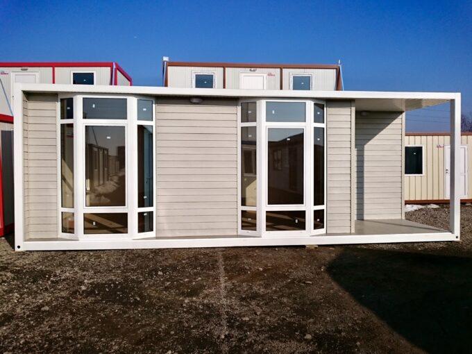 мобилен офис октагон с две помещения, баня и веранда
