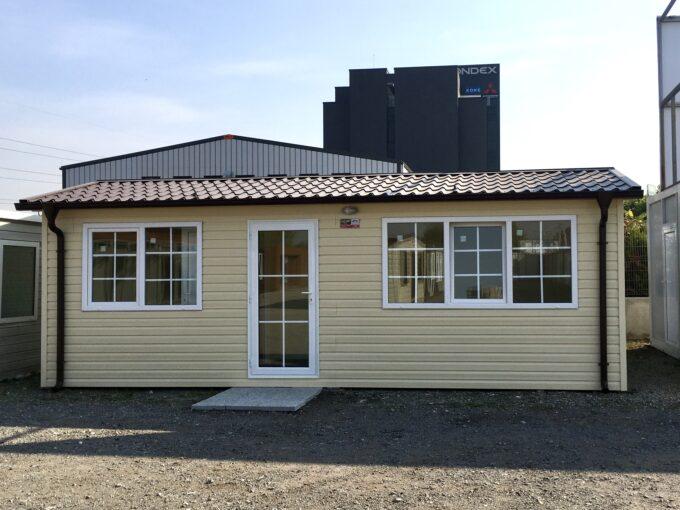 Преместваема къща Економи 2 с двускатен покрив 300/750 см