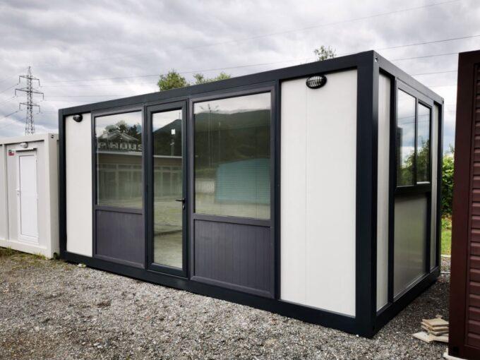 Стандартен контейнер с равен таван 18 кв.м с външни размери 300/600 см