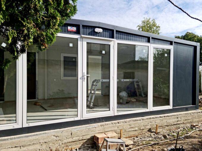 панелена къща, преместваема къща топ хаус оод, фургони, будки павилиони
