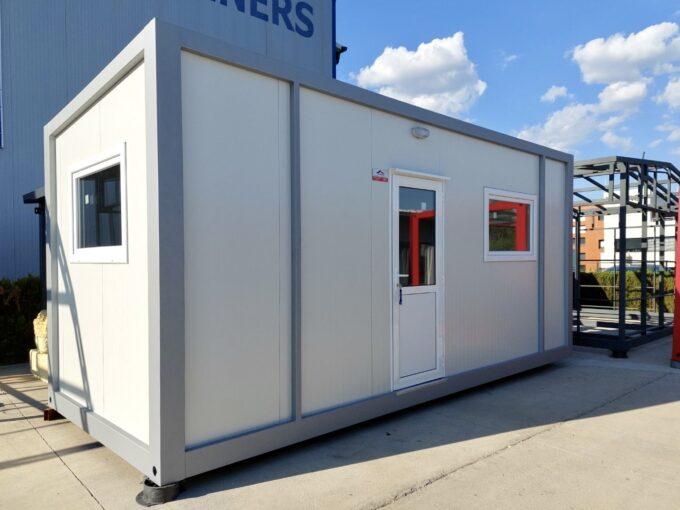 Едноскатно наклонен контейнер 240/600 см - 14,4 кв.м с едно помещение